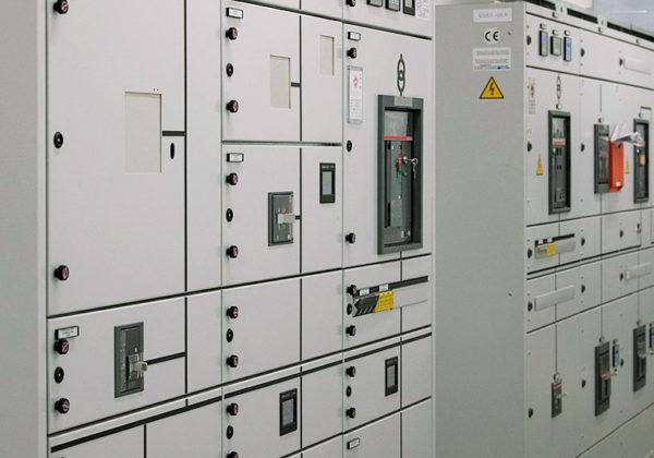 Come sta andando il settore dei quadri elettrici nel mondo?